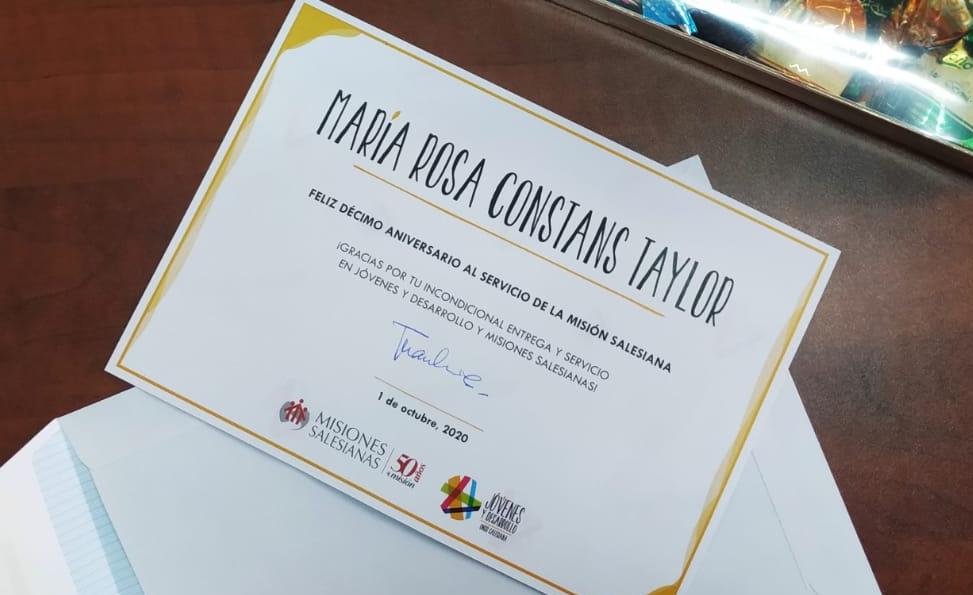 Diploma entregado a Rosa Constans